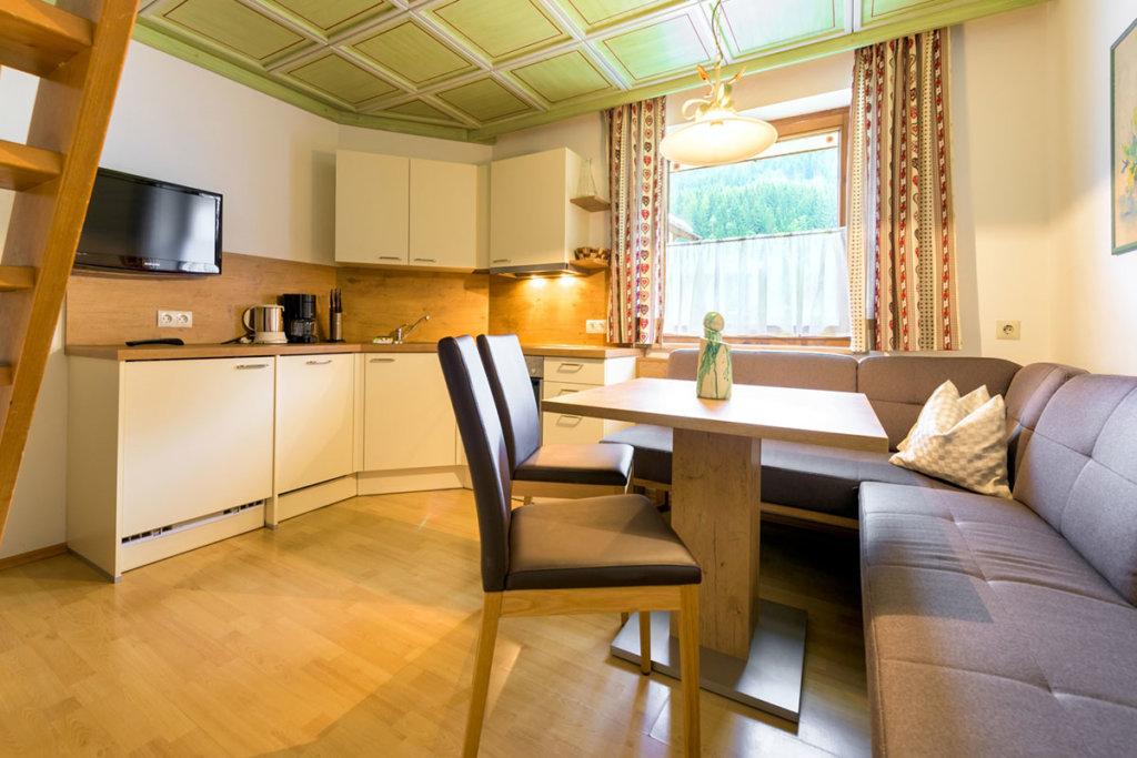 ausstattung der appartements in flachau haus gappmaier. Black Bedroom Furniture Sets. Home Design Ideas